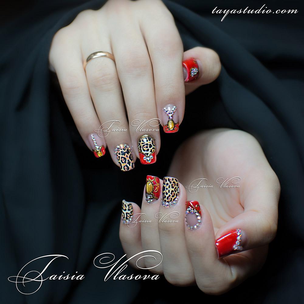 Шикарный дизайн коротких ногтей - фото