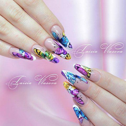 Бабочки на ногтях - идея летнего маникюра с бабочками фото