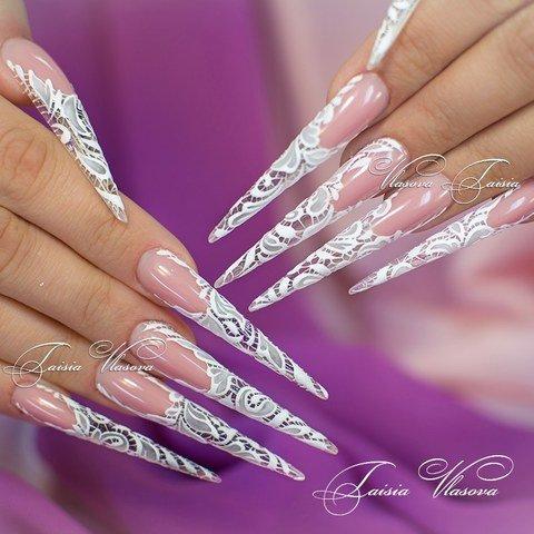 Дизайн длинных ногтей стилет с бархатным кружевом