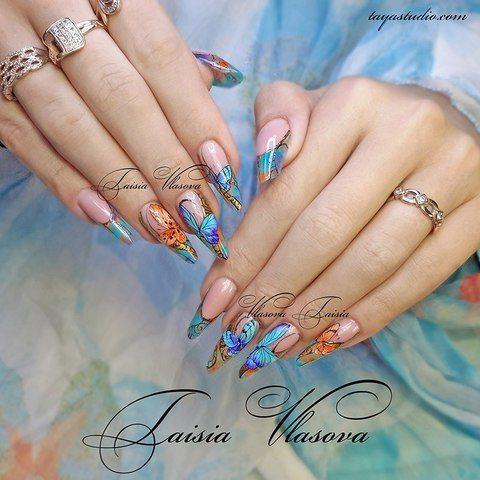 Дизайн ногтей с бабочками