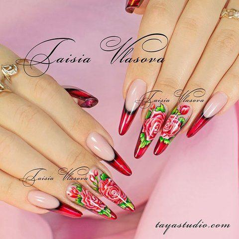Красивый дизайн ногтей от Таисии Власовой - красный витражный френч с розами