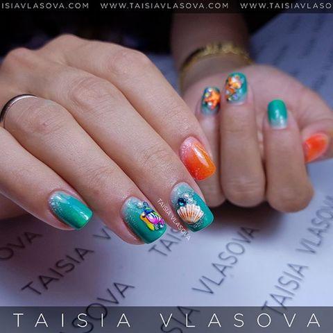 Морской дизайн ногтей