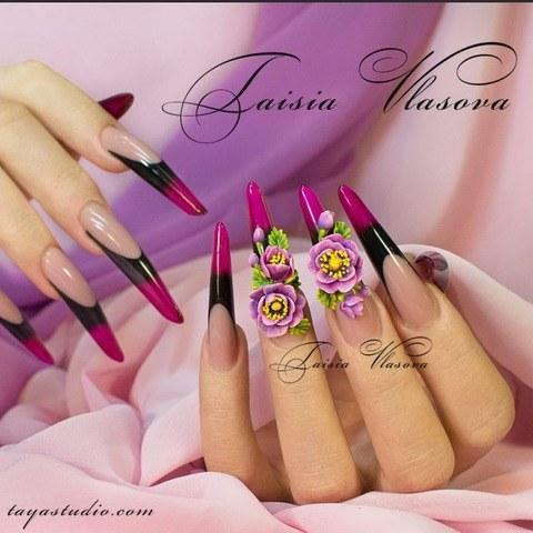Оригинальный дизайн длинных ногтей с акриловой лепкой