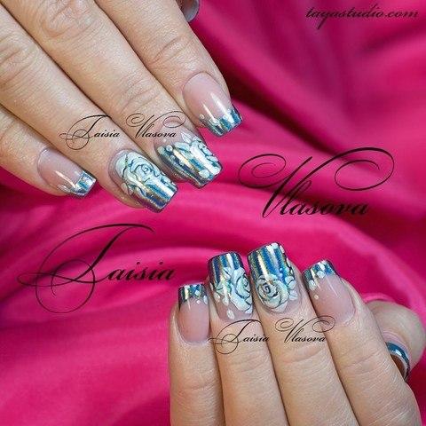 Северное сияние на ногтях - маникюр с пигментом и розочками