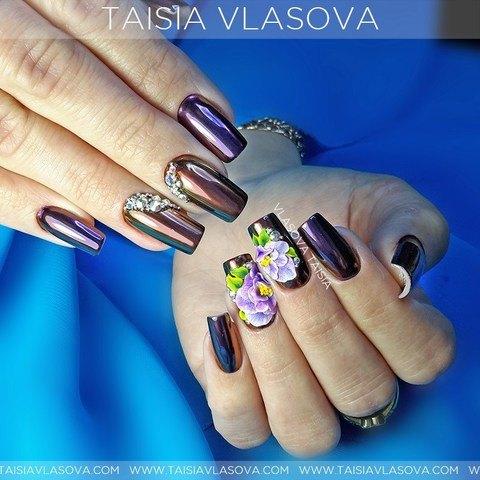 Современный дизайн ногтей с зеркальной втиркой, стразами и лепкой - пигмент Black Swan для дизайна ногтей