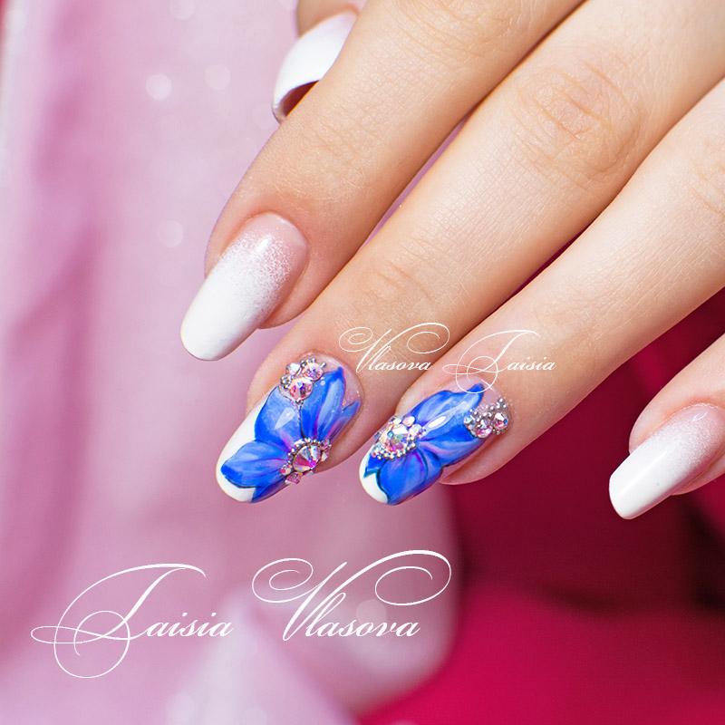 Цветы из стразов для ногтей