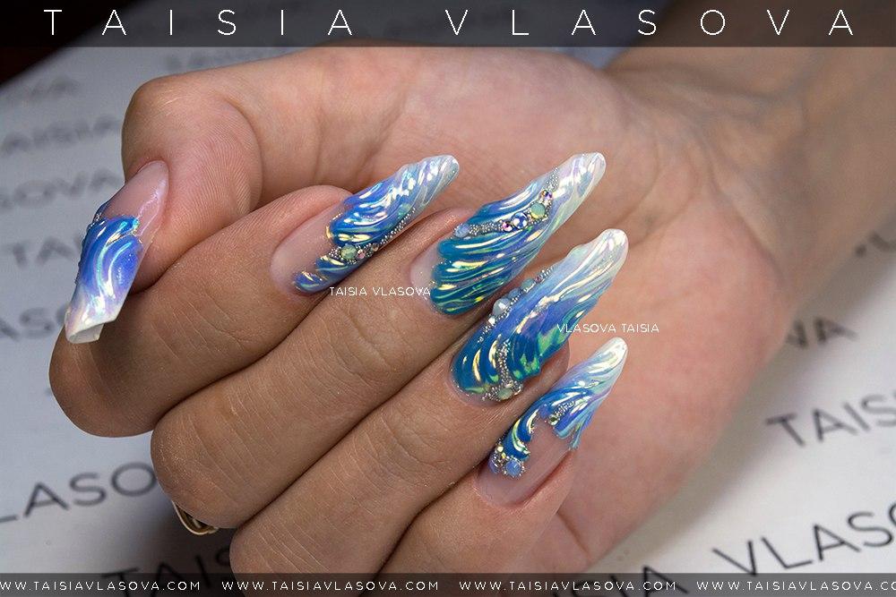 Дизайн ногтей с радужной втиркой