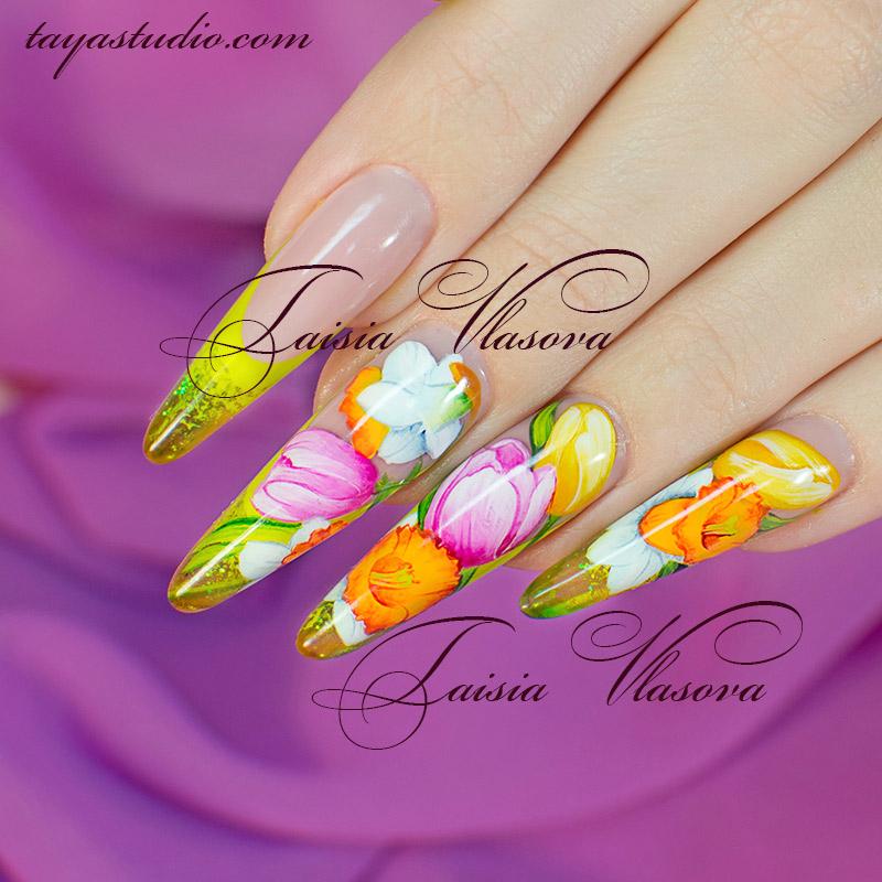 Весенняя роспись на ногтях