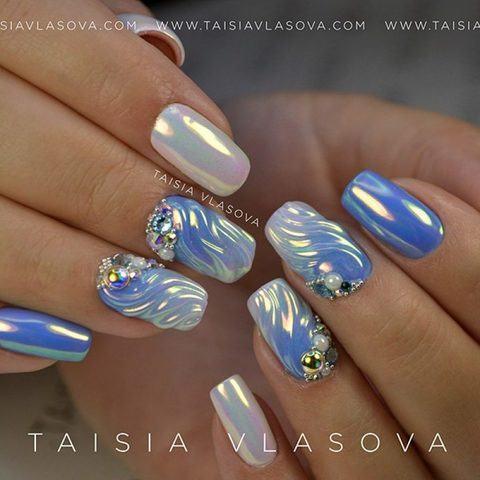 Дизайн ногтей с зеркальным неоновым пигментом для втирки Aurora Mirror Black Swan