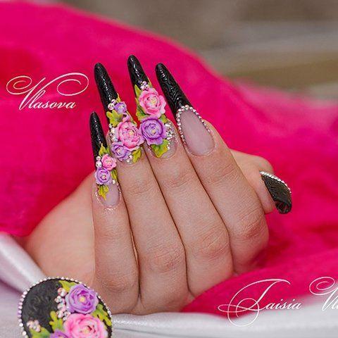 Шикарный черный френч на длинных ногтях с пионами, стразами, и рельефными черными узорами